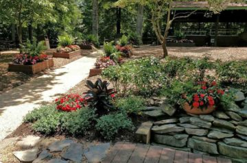 low-maintenance-landscape-ideas-featured-image